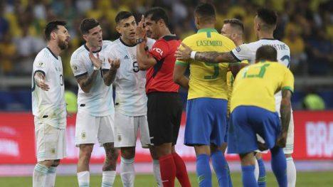 5. Brasil Tundukkan Argentina 2-0
